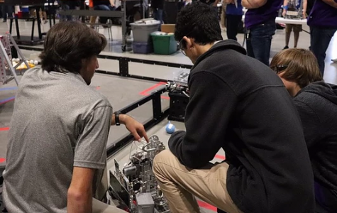 Two CHS Robotics Teams Advance to State Competition